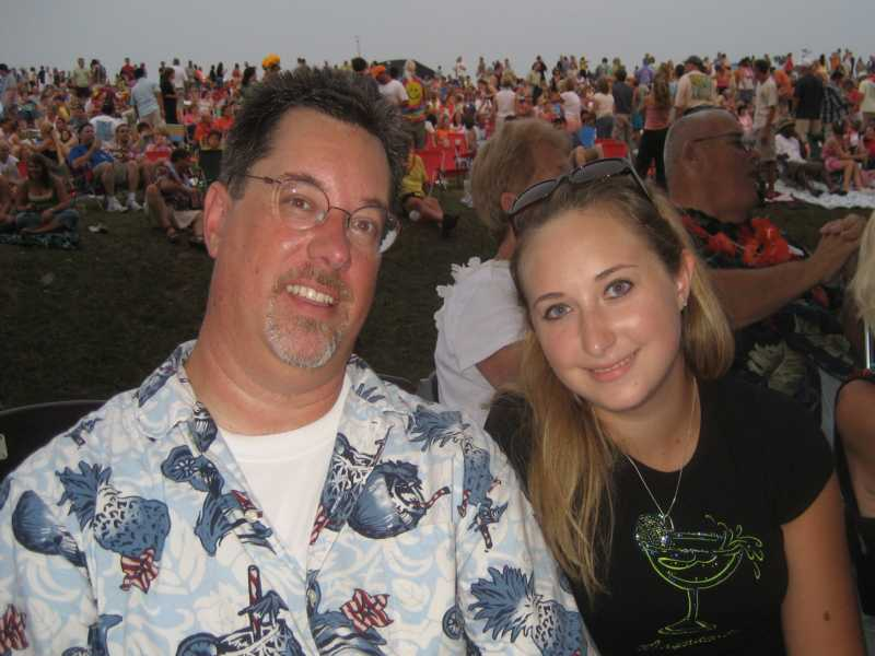 Scott & Lizzie @ Jimmy Buffett 2008